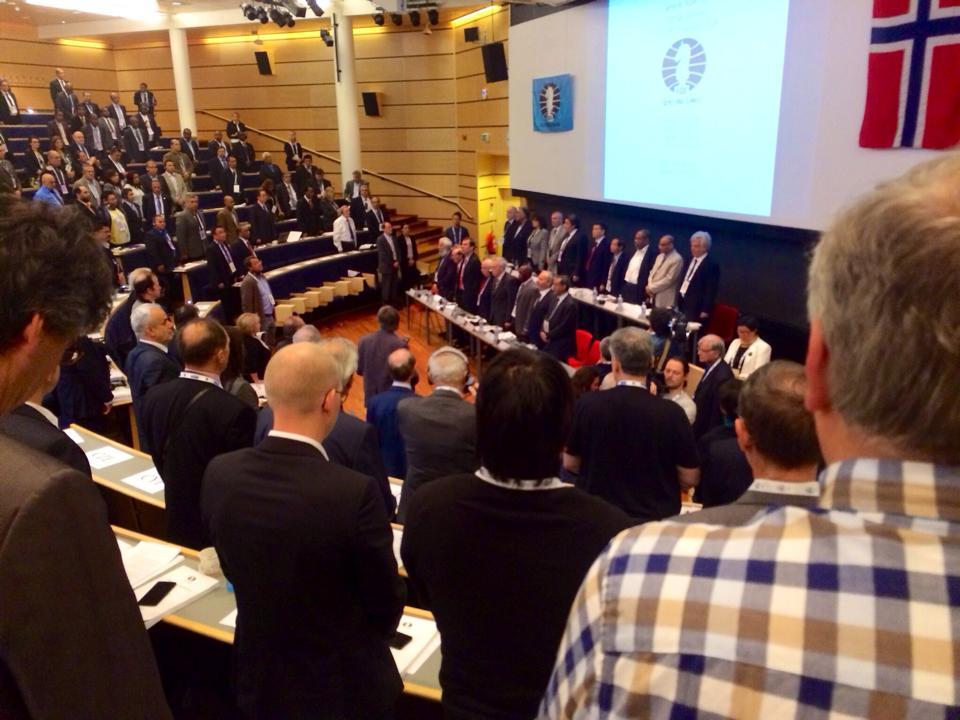 FIDE Congres 85